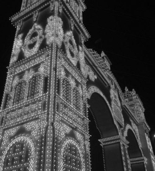 Portada Feria de Abril de Sevilla 2016